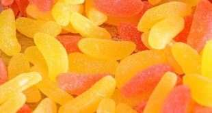 پاستیل های میوه ای