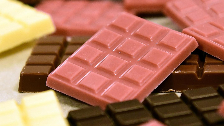 مزایای تولید شکلات تخته ای در داخل کشور